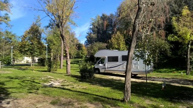 Fiat Ducato camping Rome.JPG